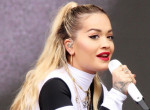 """""""Hogy néz ki?"""" - Rita Ora brutális új hajszínnel sokkolja a rajongóit"""