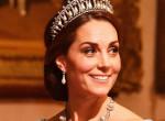 Először történt ilyen: Nekiestek Katalin hercegnének ruhája miatt!