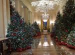 Látnod kell! Katasztrófa lett a Fehér Ház karácsonyi dekorációja - Fotók