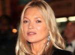 Ez a gyönyörű nő Kate Moss tökéletes hasonmása – Fogadjunk, hogy te sem tudod őket megkülönböztetni!