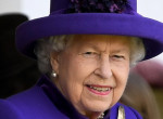 Ő Erzsébet királynő bizalmi embere - Minden titkát megosztja vele