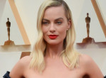 Margot Robbie nyerte a divat Oscart, mindenkit maga mögé utasított