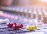 Szomorú hír - Távozik a rádiótól a népszerű műsorvezető