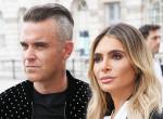 Óriási divatbaki! Beégette magát Robbie Williams felesége a királyi esküvőn