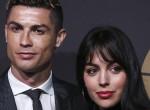 Bréking! Cristiano Ronaldo eljegyezte barátnőjét - fotó