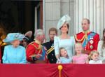 Ünnepel a brit királyi család  - Megható fotókat tettek közzé