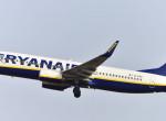 Felháborodtak az utasok: sok népszerű járatot töröl a Ryanair