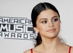 Selena Gomez magyar tervező ruhájában tündökölt