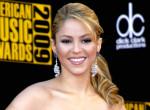 A 43 éves Shakira bikinire vetkőzve is őrjítően dögös - Fotó