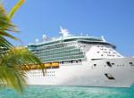 Nem tud kikötni az óceánjáró, ilyen luxus fogságban várnak az utasok