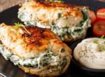 Unod már a nehéz fogásokat? Ez a spenótos-fetás csirkemell neked is a kedvenced lesz!