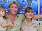 Már 21 éves Steve Irwin lánya! Bindi elképesztően gyönyörű nő lett - Fotók