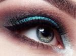 Milyen a szemformád? Mutatjuk, hogyan kellene helyesen kiemelned