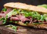 Gusztustalan, mi borította a srác szendvicsét - Pedig azt hitte, csak szezámmag