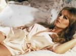 Egy nappal téves halálhíre után elhunyt Tanya Roberts, az egykori Bond-lány