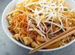 Csirkés thai tészta - Íme az eredeti recept, ami 30 perc alatt kész
