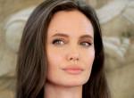 Megtalálták Angelina Jolie kiköpött mását, dögösebb, mint a színésznő