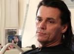 Ilyen állapotban van Tóth Attila, a Pokolgép énekese a sztrókja után
