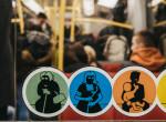 Hihetetlen, mit talált ki Bécs: Ezzel üzennek a terpeszkedő utasoknak!