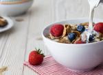5 hatás: Ez történik a testeddel, ha minden nap zabpelyhet eszel