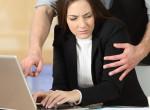 Zaklatásnak számíthat: Ezt akarják betiltani a munkahelyeken