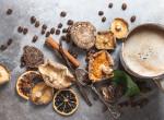 Itt a legújabb őrület: gombás kávé, ami gyógyító és még a stresszt is csökkenti