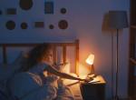 Mindig lámpafénynél alszol? Szakértők szerint ez a betegség könnyen kialakulhat nálad
