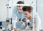 A jövőben élünk: 3D-s implantátumokat nyomtatnak a Szegedi Tudományegyetemen