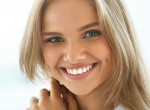 Így lehetnek ragyogóan fehér fogaid egyszerűen - tuti tippek