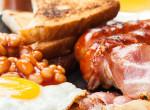 """Húsmentes angol reggeli, wales-i vegetáriánus """"kolbásszal"""""""