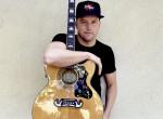Énekes-gitáros lett a válogatott magyar vízilabdázóból