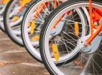 Védőmaszkban lopta el a méregdrága biciklit egy férfi Budapesten, mindent rögzítettek a kamerák