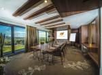 Lakosztály konferencia szobával, Castellum Hotel Hollókő