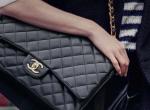 Sokkoló kinézetű luxustáskákat árul milliókért idén ősszel a Chanel