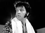 Így nézett ki Elvis Presley élete utolsó koncertjén: a sztár még betegen is színpadra állt