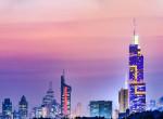 Rejtélyes módon dülöngélni kezdett a hatalmas kínai felhőkarcoló - megrázó videó készült róla