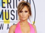 Jennifer Lopez milliókat veszíthet, ha eladja az eljegyzési gyűrűjét