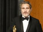 Joaquin Phoenix felismerhetetlenre hízott az új filmje kedvéért