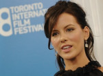 Más ember lett az új hajszínével Kate Beckinsale - Fotók