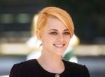Kristen Stewart beragyogta Velencét, mindenkit lehengerelt Dianát idéző szettjével - Fotók