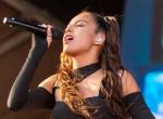 Már most a legnagyobb popsztárok között emlegetik: ezt a 18 éves énekesnőt imádja mindenki