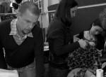 Katalin hercegné kedvenc designere, aki Gorbacsovnak is varrt ruhát - portré Alexander McQueenről