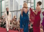 Elegáns, extravagáns, egyedi, akárcsak a tervező - fotókon Halston legendás Netflixes kollekciója