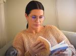 Szentesi Éva megmutatta nekünk a kedvenc könyveit - Videó