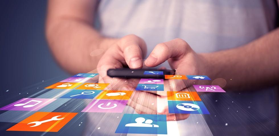 Hátborzongató: 7 dolog, amit az okostelefonod tud rólad!