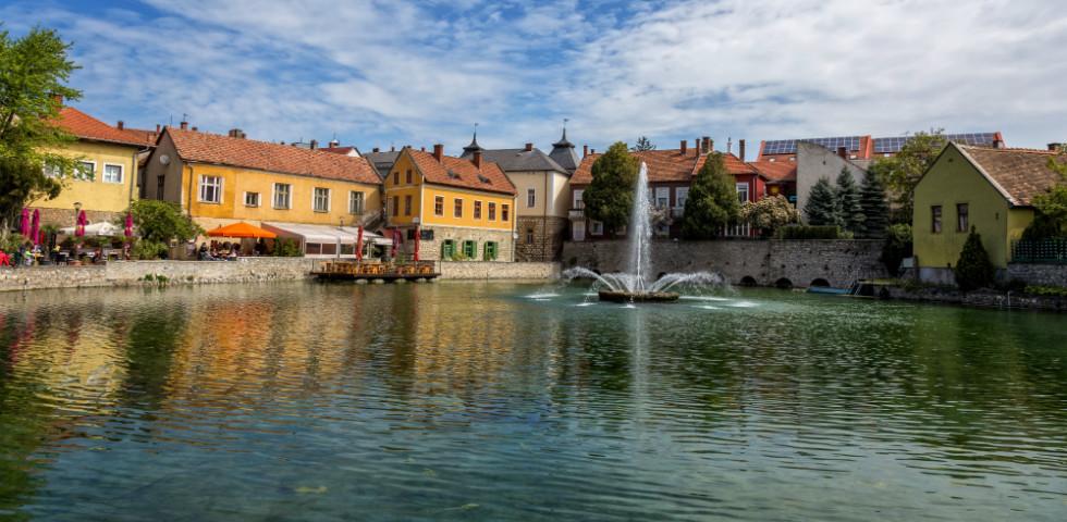 Titok Magyarország alatt: Tapolca központjában van, mégis láthatatlan!