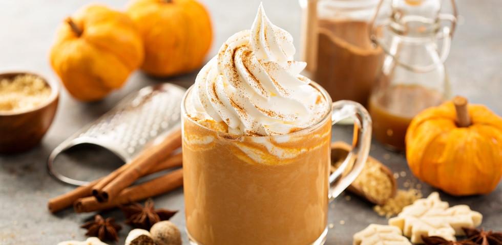 Így készül az ősz ikonikus kávéja – Pumpkin spice latte házilag